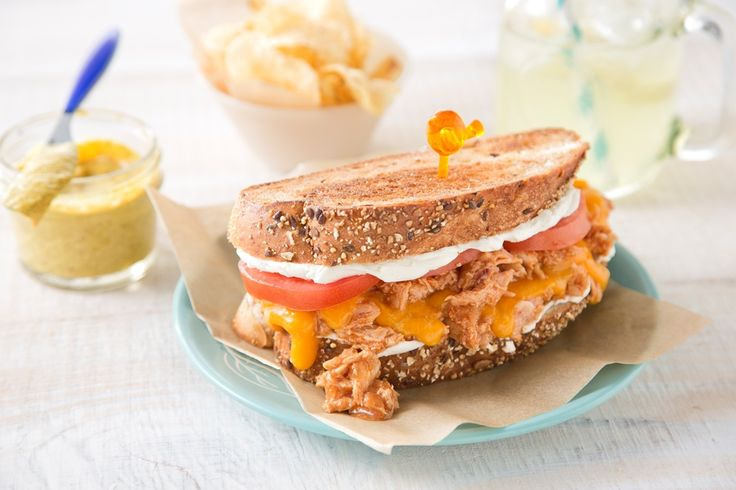 Bring out the blanket and bring on the picnics! July is National Picnic Month, so take the party outside w/ Applewood Honey Chicken Ultimate Grilled Cheese Sandwiches. Tip: They taste best enjoyed with family in the fresh air, under the sun. #NationalPicnicMonth