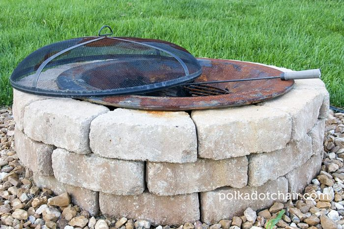 Outdoor firepit seating for Fire pit on concrete slab