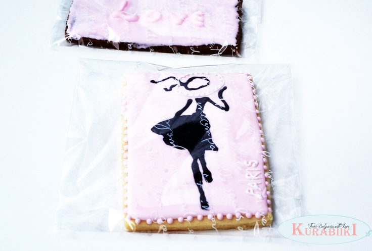 #paris #fashion #party #favors   #Sugar #cookies from @kurabiiki