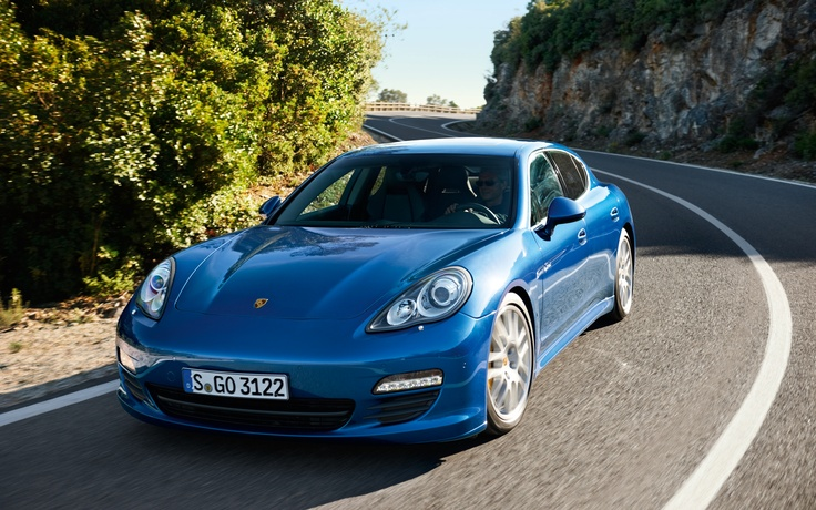Porsche Range Extension: Plug-in Panamera S Hybrid Arriving in 2013