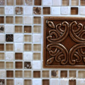 Kitchen tile backsplash do it yourself for Artsy kitchen ideas