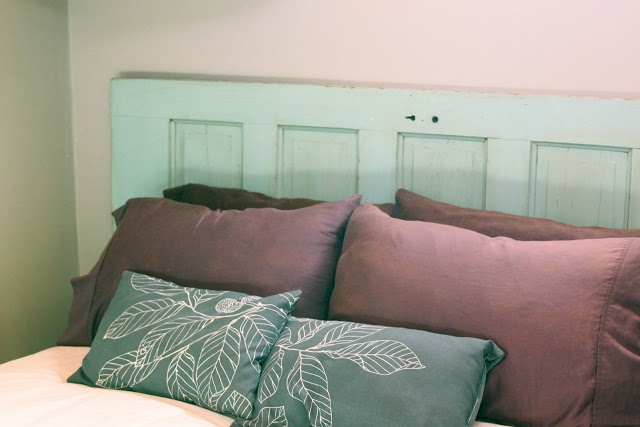 Pin by holly sullivan on diy pinterest for How to make a headboard out of a door