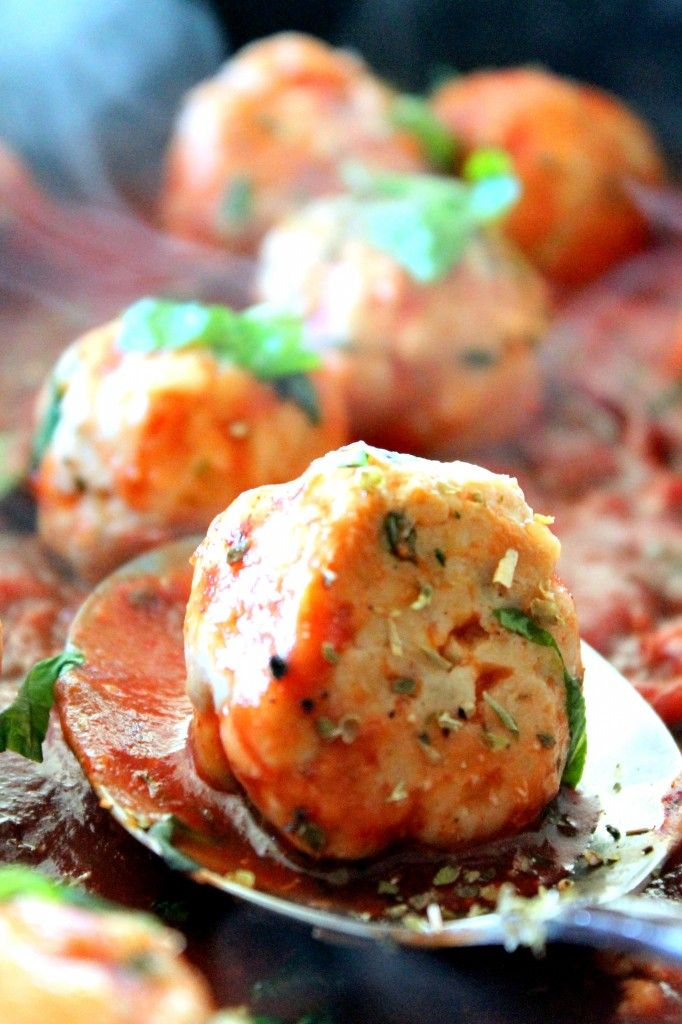Turkey Meatballs in Spicy Tomato Basil Sauce with Burrata - A healthy ...