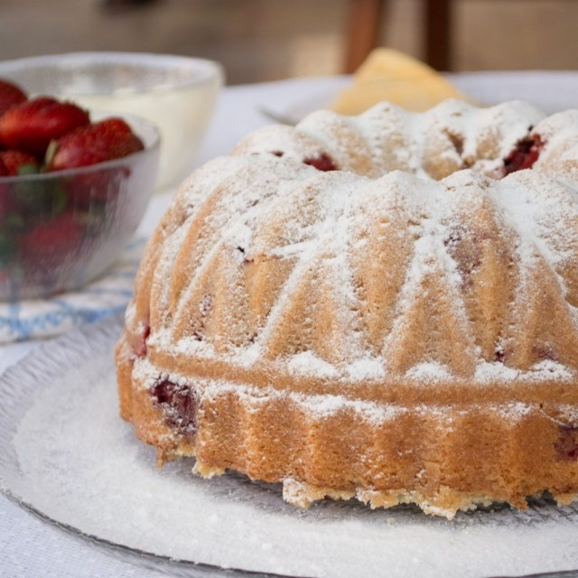 ... spring time, so its time to bake using fresh strawberries. Get your