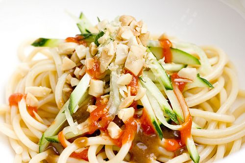 Cold Noodles with Peanut Sauce from Food Mayhem