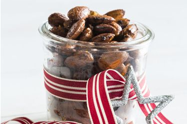 Festive Fare: Smoked paprika almonds - a perfect edible gift or snack ...