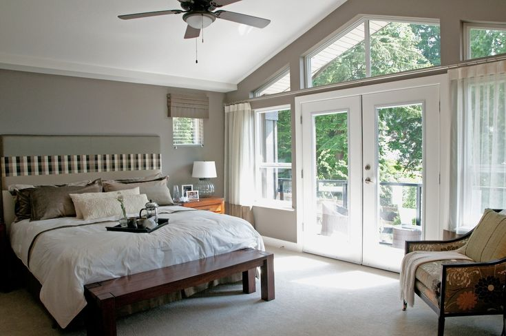 Vaulted ceiling in master bedroom painting by warline for Master bedroom vaulted ceiling paint ideas