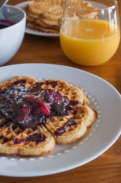 ... Weekend: Cornmeal Waffles with Blueberry Nectarine Maple Compote