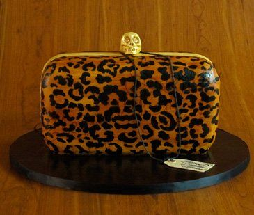 omg Alexander McQueen cltch bag CAKE!