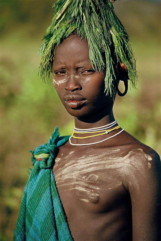 foto-golih-afrikanok-v-plemenah