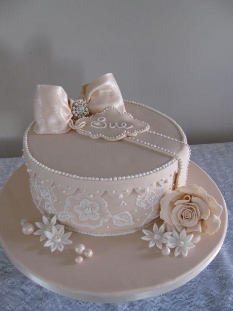 Cake Gift Images : Antique gift box cake Cake Ideas Pinterest