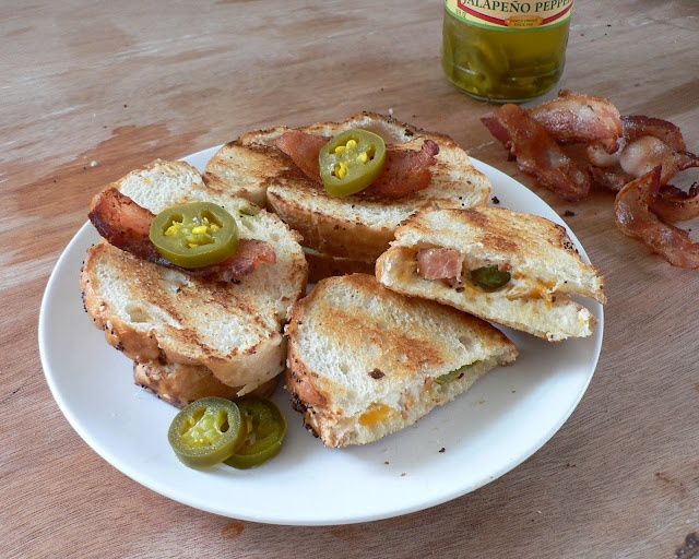 Bless This Mess: Jalapeno Popper Grilled Cheese Sandwich with Bacon