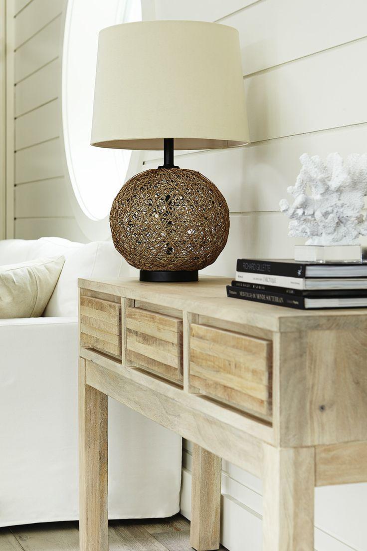 Atelier bouclair chalet moderne modern cottage for Meuble bouclair