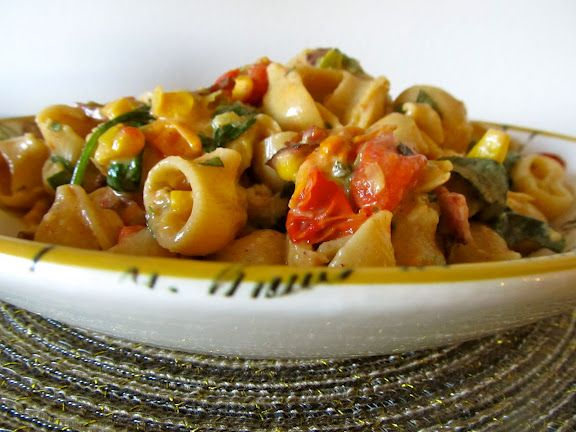 BLT Pasta with Corn & Leeks | Cook in Training | Pinterest