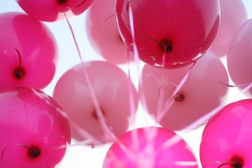 Pink balloons are always in fashion!