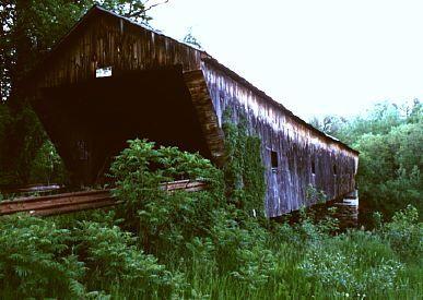 Hammond bridge pittsford vt barns amp vermont bridges pinterest