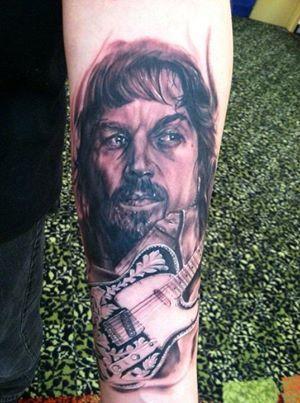 Waylon Jennings tattoo! Ugly!