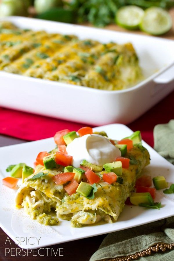 Best Enchilada Recipe with Salsa Verde, Chicken and Cheese #mexican # ...