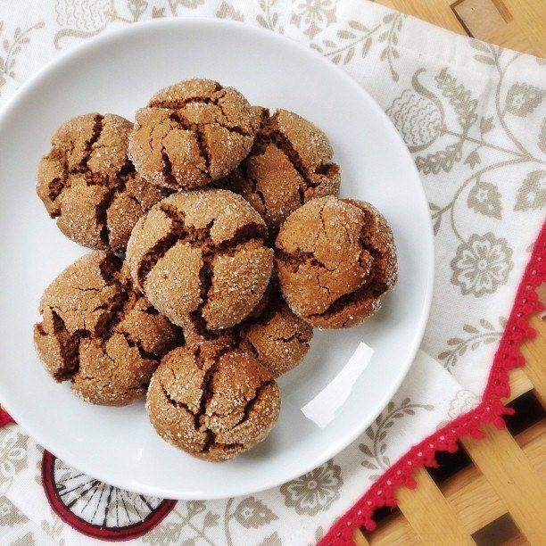 How to Make Ginger & Molasses Biscuits - Great British Chefs
