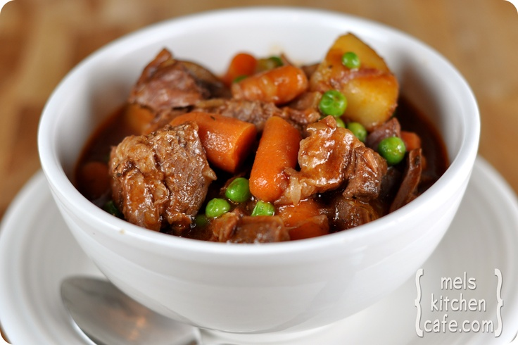 Slow Cooker Beef Stew {A's note: reduce/omit thyme, sub tapioca starch ...