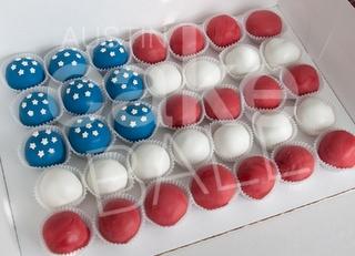 Cake pops make a flag! so cute!