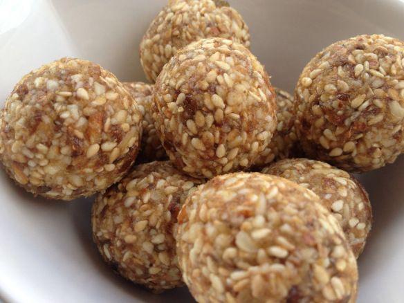 Paleo Date, Ginger and Sesame Bliss Balls