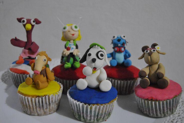 CUPCAKES DE DOKI Y SUS AMIGOS  Dulce Arte Ponques cakepins.com