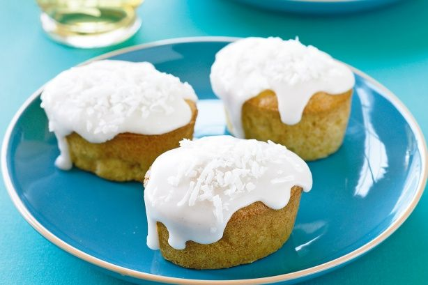 Mini apple and coconut cakes | Small cakes | Pinterest