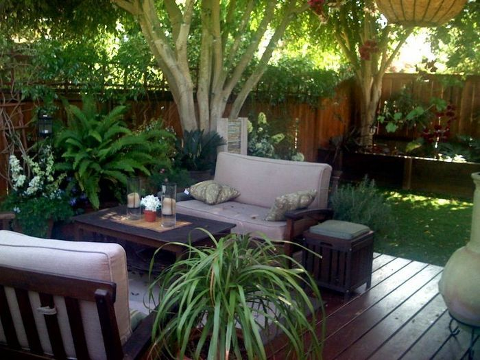Outdoor patio ideas for small backyards lovely gardens for Small lawn garden ideas