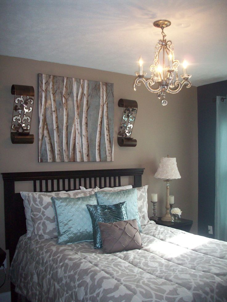 Guest bedroom decor my decorating projects pinterest for Accessories for bedroom ideas