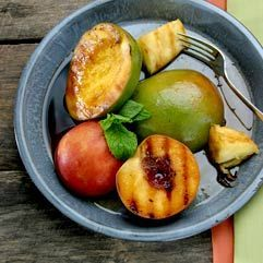 Healthy Recipe: Grilled fruit with balsamic vinegar syrup. Grilling ...