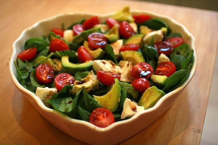 Tricolore Salad | spinach, avocado, tomatoes