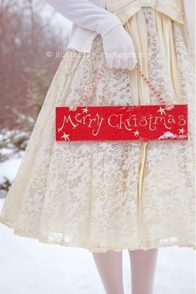 Merry Christmas! Image by Butterfly Photography, via Inspiration Lane.