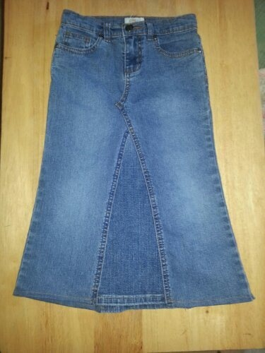 how to use old jeans to make a skirt