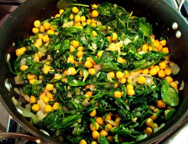 Spinach and chickpeas | Heathly and Hot | Pinterest