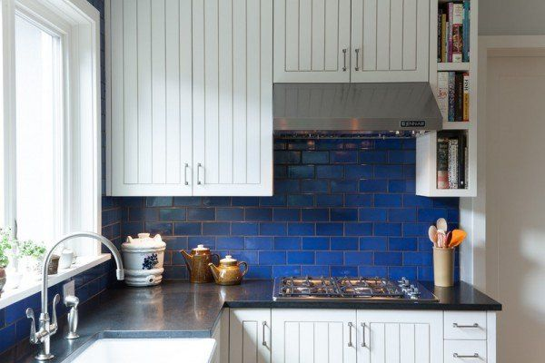 cobalt blue backsplash dream house and garden pinterest