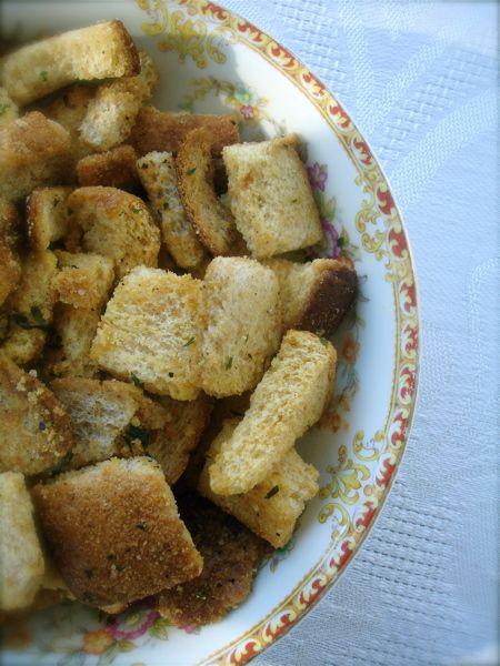 homemade garlic & herb croutons   appetizers   Pinterest