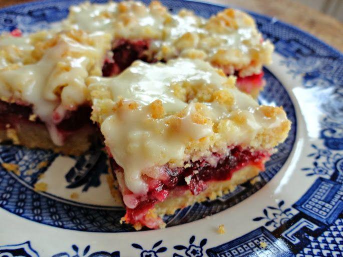 Cranberry Crumb Bars | veronicascornucopia.com
