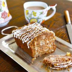 Greek Yogurt Apple Streusel Cake - lightened up cake with cinnamon, a ...
