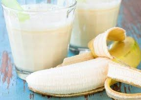 Peanut Butter and Banana Smoothie | Food -drinks/smoothies | Pinterest