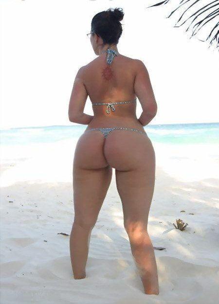 thick thigh porn