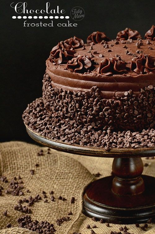 Dark Chocolate Frosted Yellow Cake with Raspberry Preserves - Easy and ...