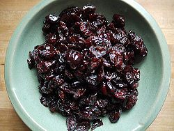 DIY dried cranberries (craisins)