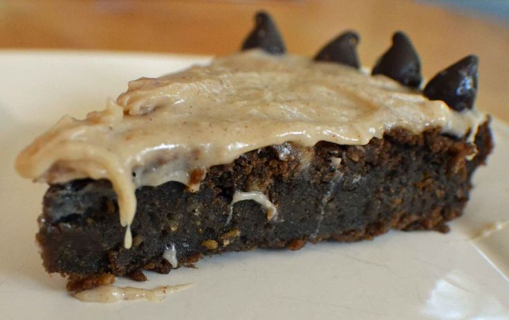 Healthy Chocolate Fudge (Chickpea) cake | vegan | Pinterest