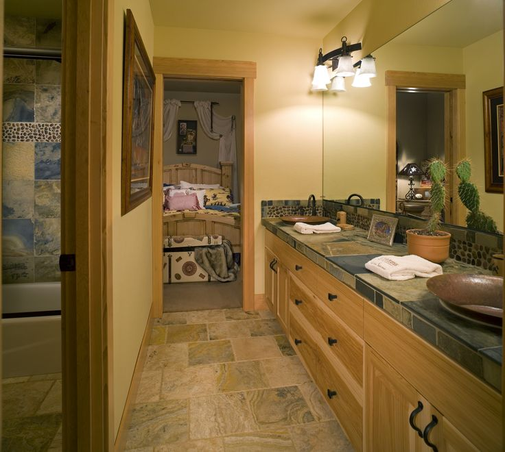 Jack and jill bathroom layout