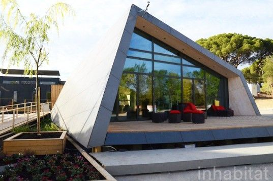 Slender FOLD Solar Decathlon House Boasts an Extra-Thin Rooftop Solar System