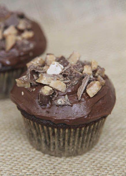 Heath Bar Cupcakes | Favorite Foods | Pinterest