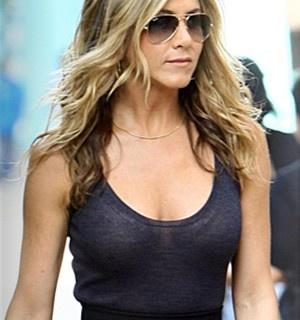 Jennifer Aniston Leak   JENNIFER ANISTON PICS LEAKED REVIEWS JENNIFER ... Jennifer Aniston