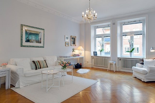 White trim light grey wall dream home pinterest for Grey walls white trim