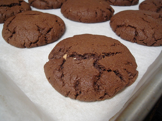 Peanut Butter Filled Chocolate Cookies! | cookies | Pinterest